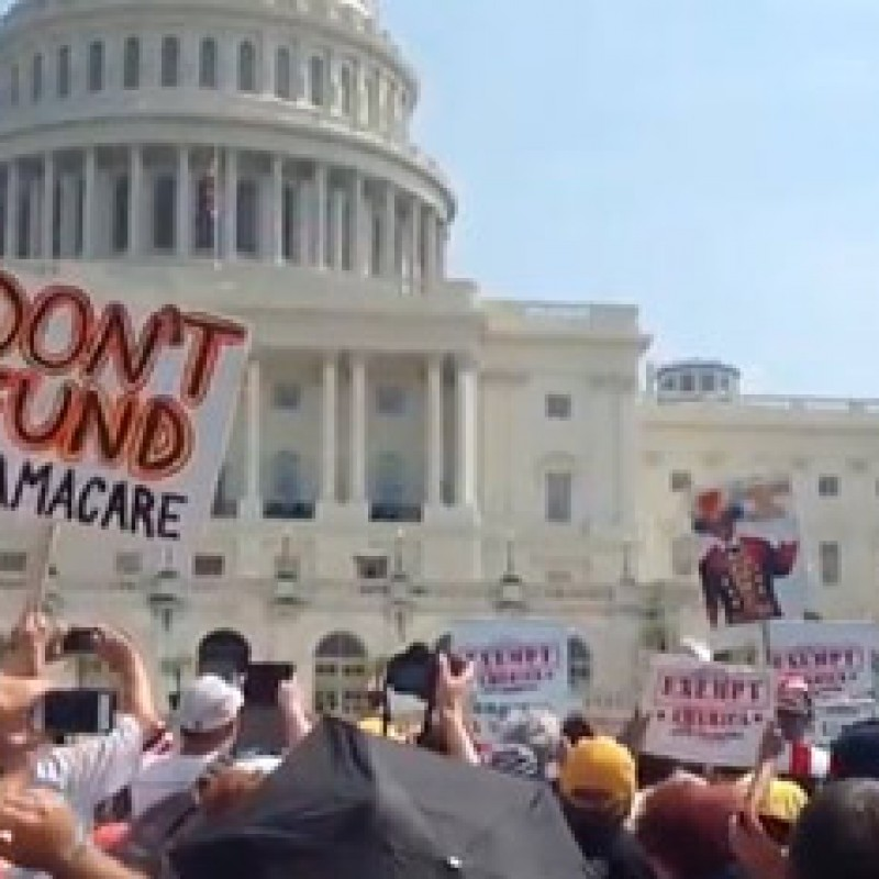 Paul Fires up Crowd at Defund Obamacare Rally