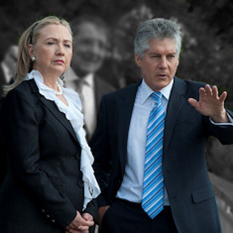 Hillary Clinton Stands With Paul in Surprise Move, Iran Hawks Beware